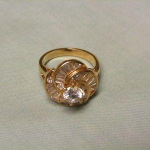 Swirls of beauty ring